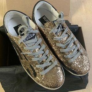 NIB Golden Goose superstar gold glitter size 37